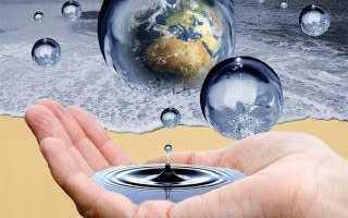 Ритуал наговаривания на воду молитв