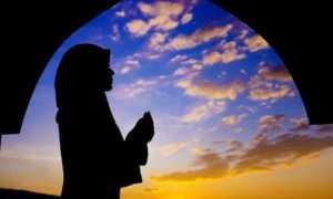 Сура «Аль-Фатиха»: транскрипция текста для заучивания и значение