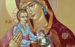 Молитва «Милосердия двери отверзи нам»: текст на русском, как правильно читать